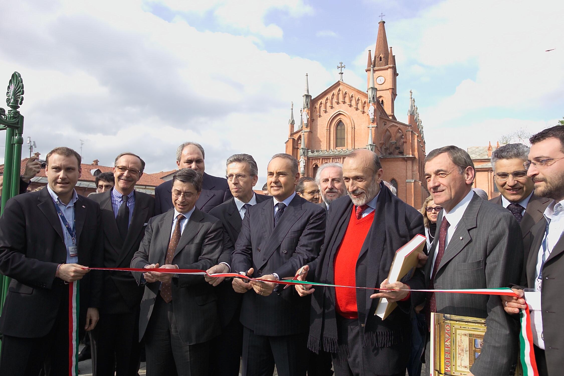 Inaugurazione Agenzia di Pollenzo - taglionastro